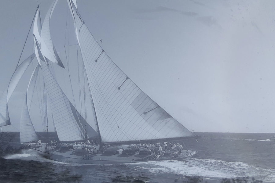 Gilles les voiles de St-Tropez photo sous plexiglass 60x80cm